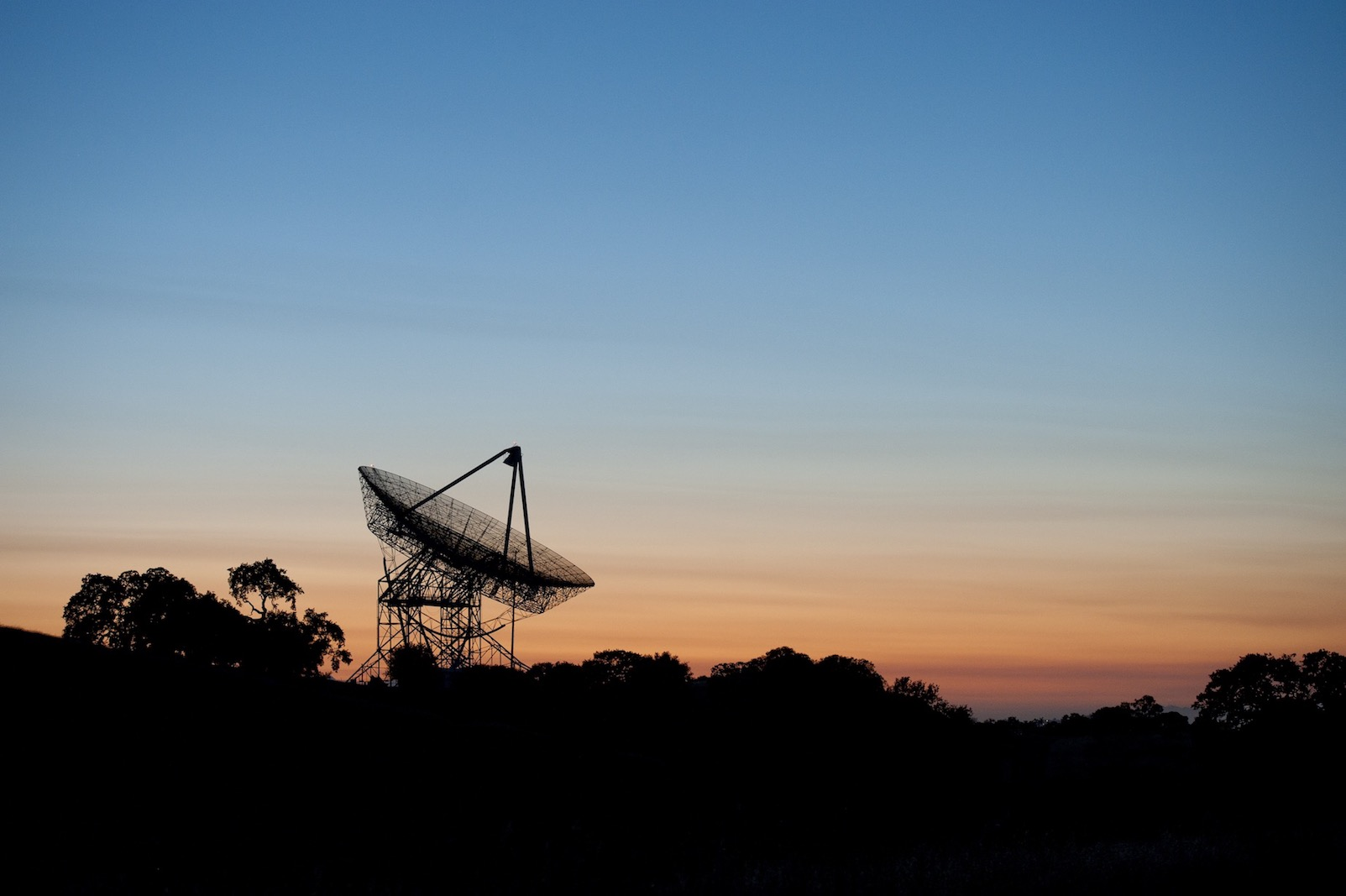 The Dish in the Stanford foothills at dusk